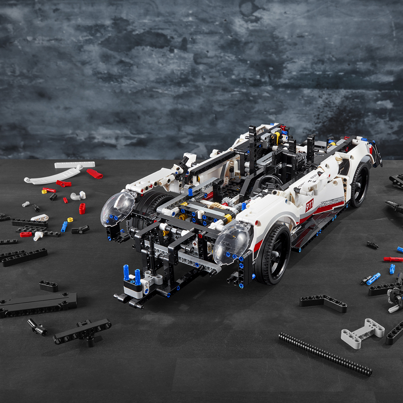 42096 lego technic porsche 911 rsr 1580 pieces age 10 new release for 2019 5702016369878 ebay. Black Bedroom Furniture Sets. Home Design Ideas