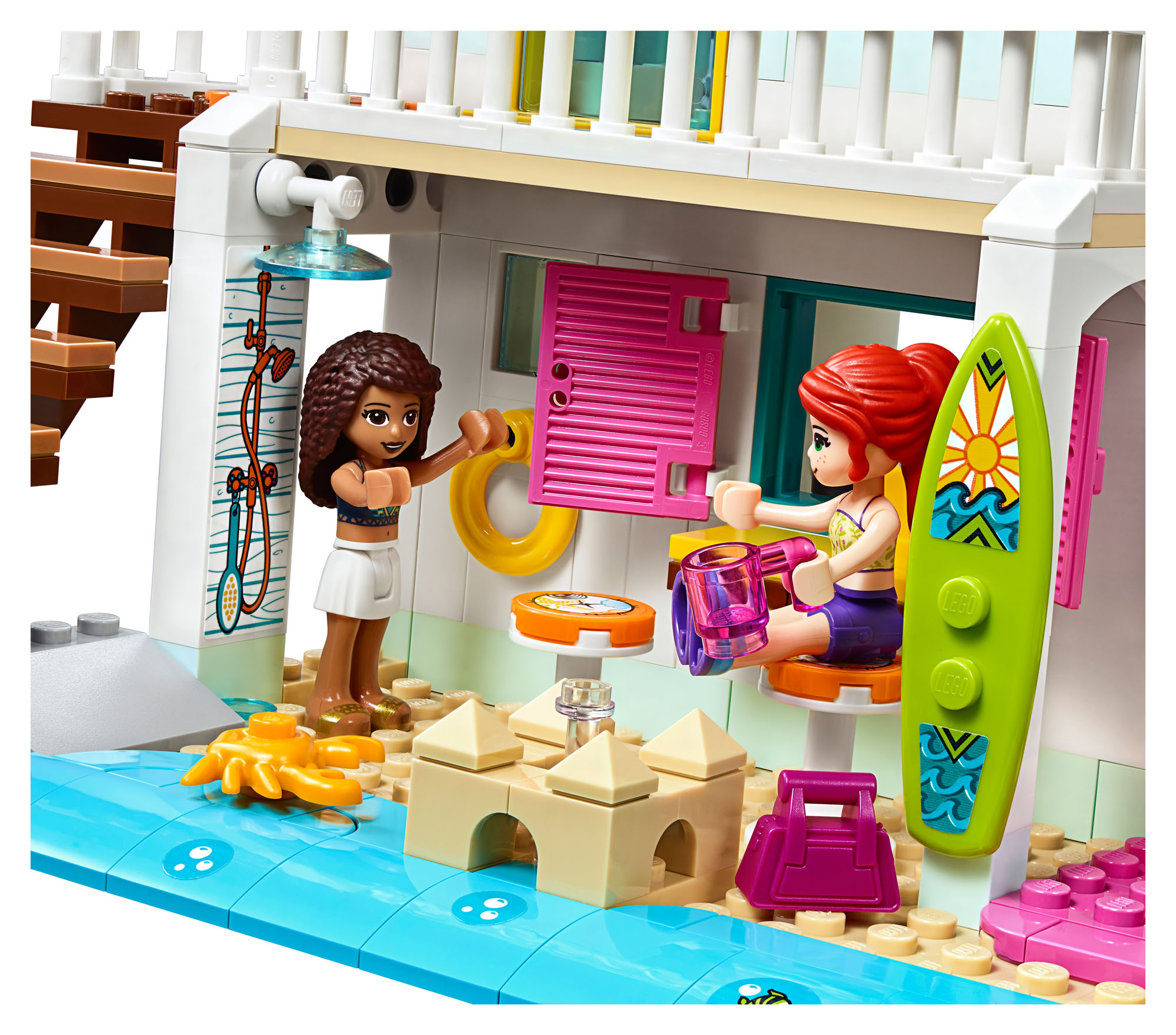 41428 LEGO Friends Beach House Mia & Andrea Holiday Home ...