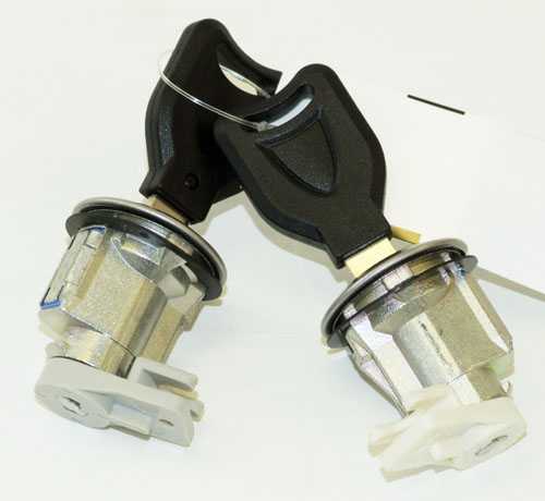 DISCONTINUED Peugeot 106 S2 96-03 Replacement Front Door Lock Set S2 RALLYE GTi QUIKSILVER Thumbnail 1