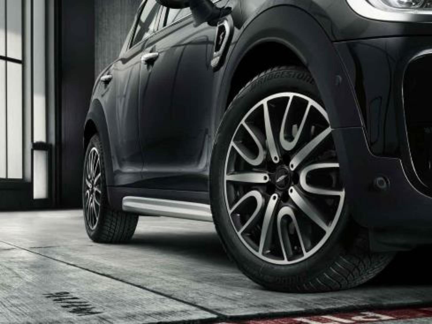 Mini Genuine 18 Alloy Wheel Tyre Set Jcw Thrill Spoke 529 F60