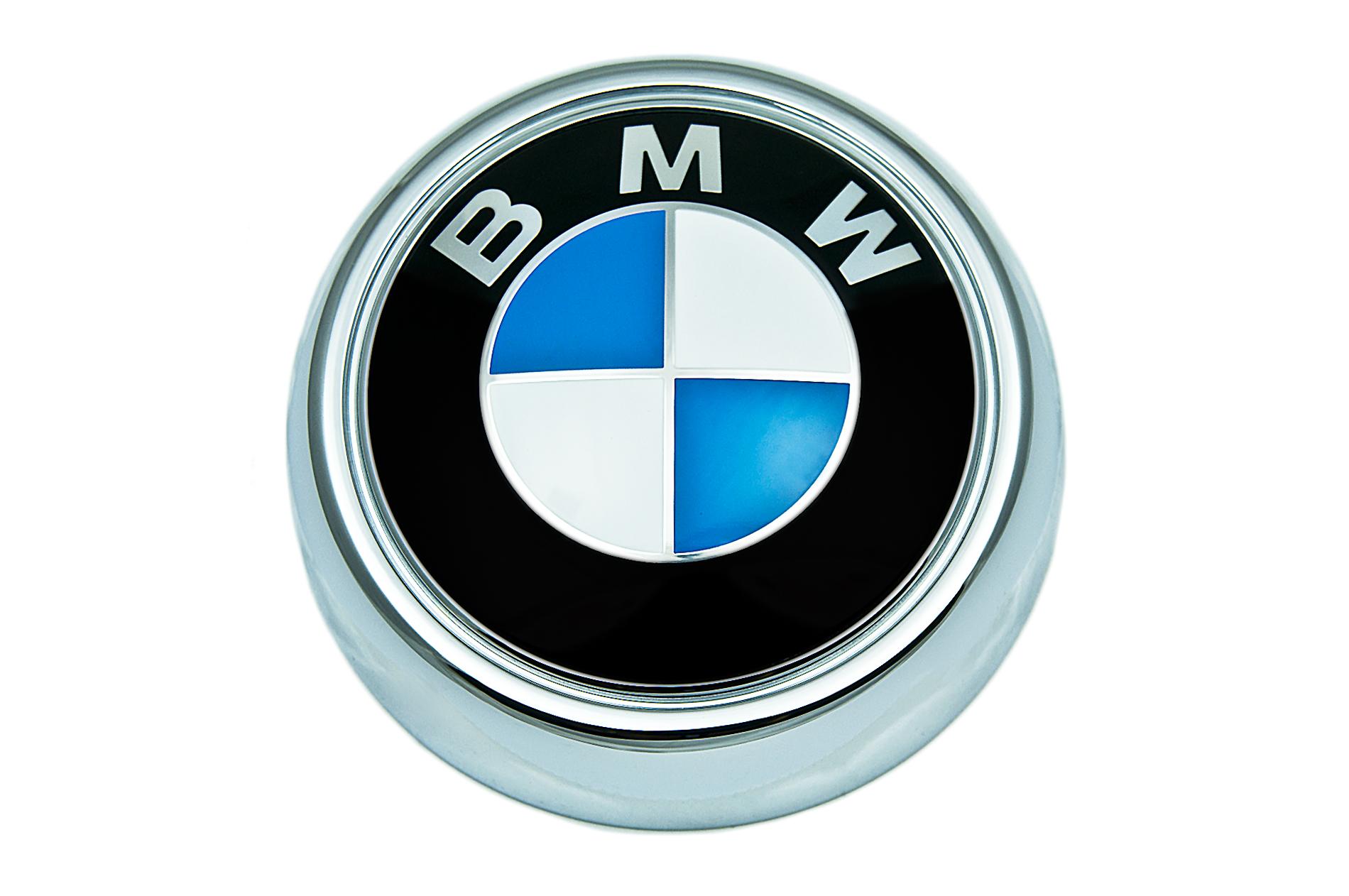 bmw genuine logo roundel rear boot trunk lid badge emblem. Black Bedroom Furniture Sets. Home Design Ideas
