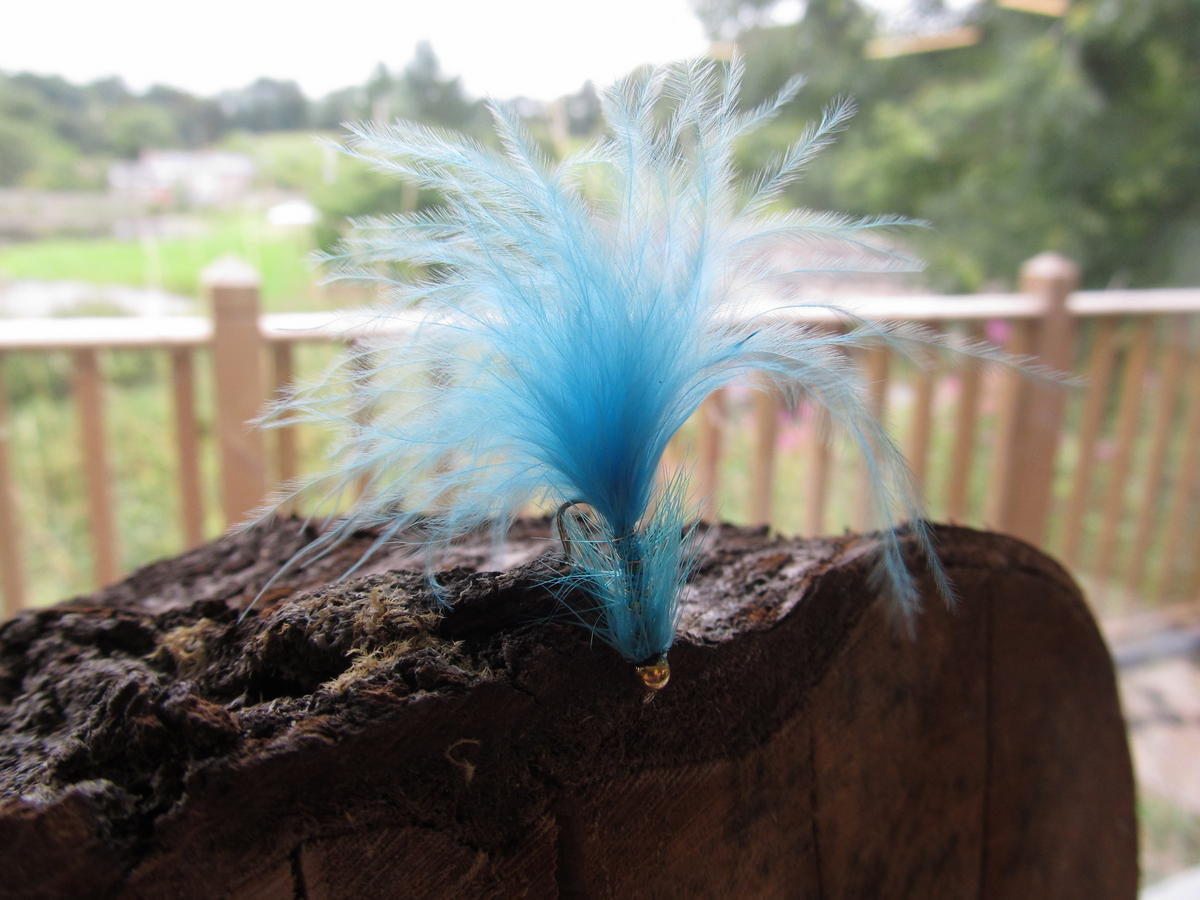 TALON TEN BLUE DANCER SIZE 10 TROUT FLIES