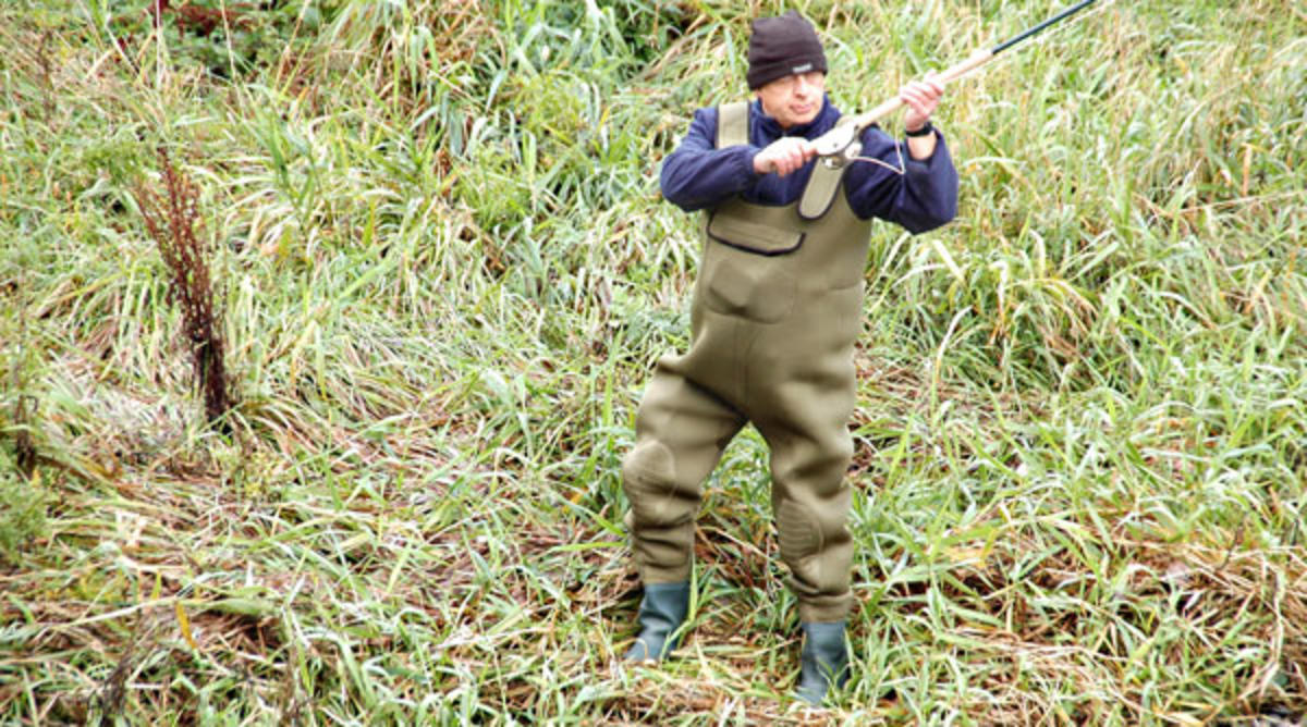 BISON 4mm NEOPRENE FULL BODIED KING SIZE CHEST FISHING WADERS ALL SIZES