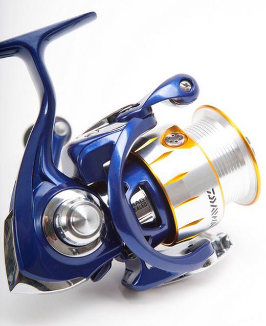 new team daiwa tdr 3012 double handle match fishing reel model no  tdr3012da