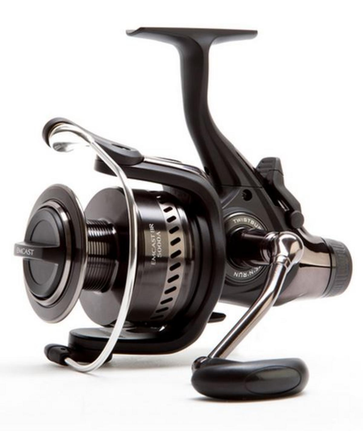 NEW DAIWA EMCAST BR 3500 FISHING REEL MODEL NO. ECBR3500A