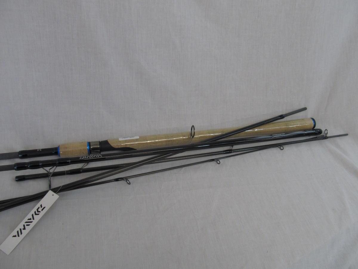 Special clearance daiwa procaster spinning fishing rod 11 for Fishing rod clearance