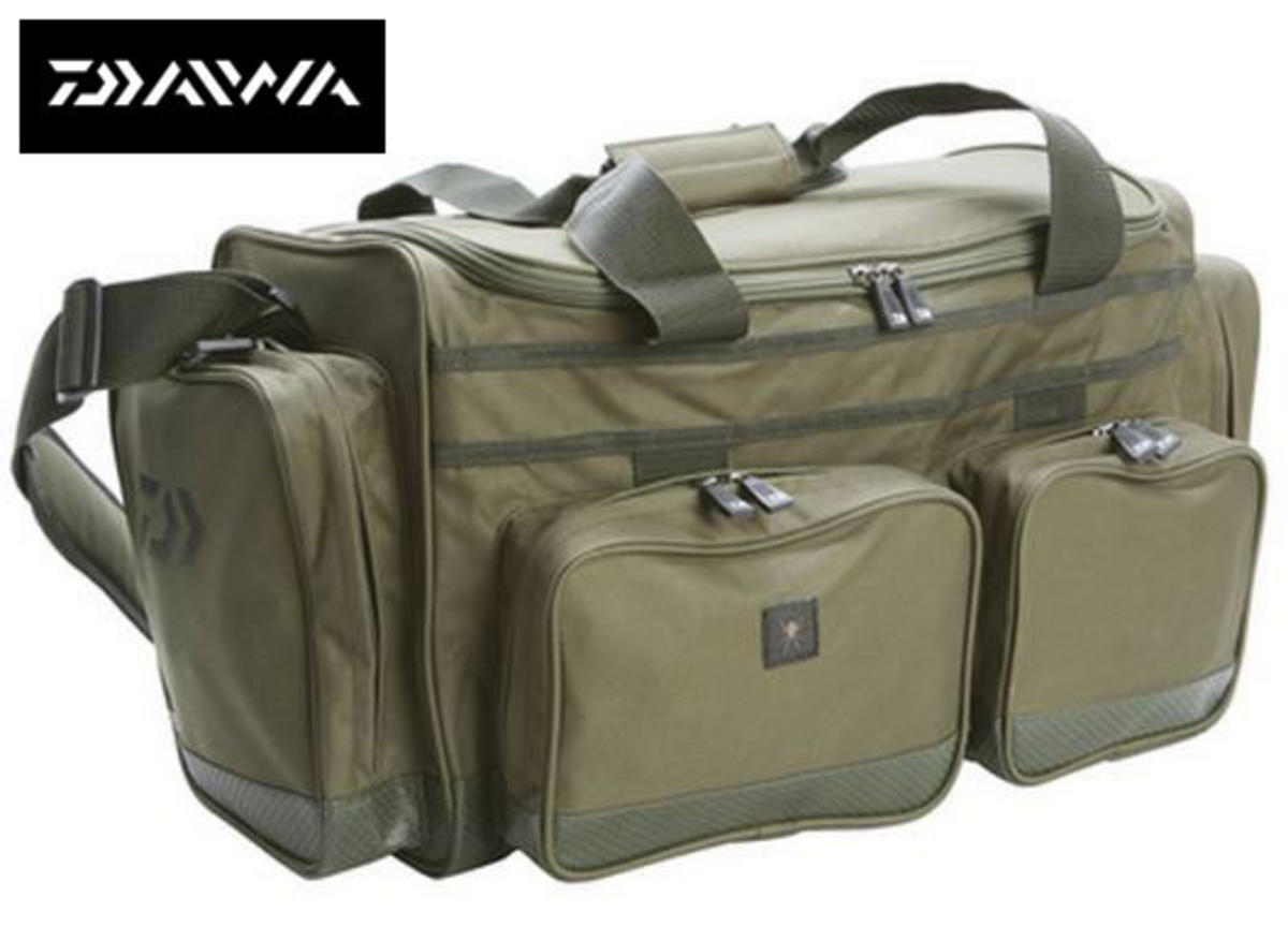 New Daiwa Black Widow 40ltr Fishing Carryall - BWC40L