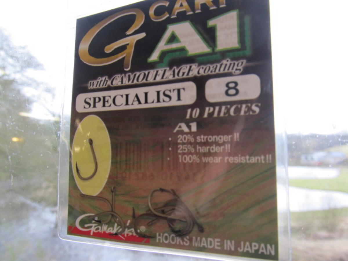 GAMAKATSU A1 SPECIALIST G-CARP CAMOUSAND HOOKS SIZE 8 SPECIAL HALF PRICE OFFER