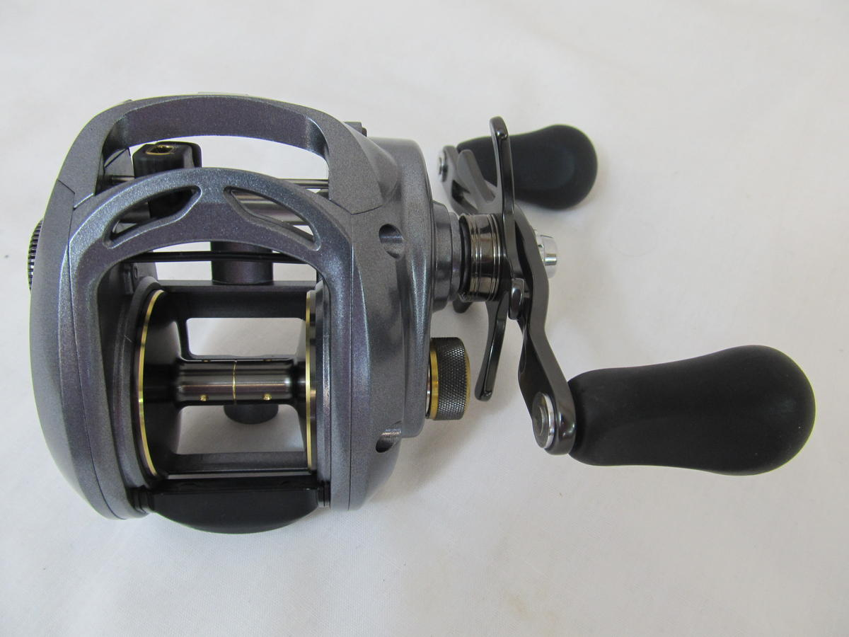 EX DISPLAY DAIWA LEXA 400H HIGH CAPACITY BAITCASTER REEL Model No LEXA400H
