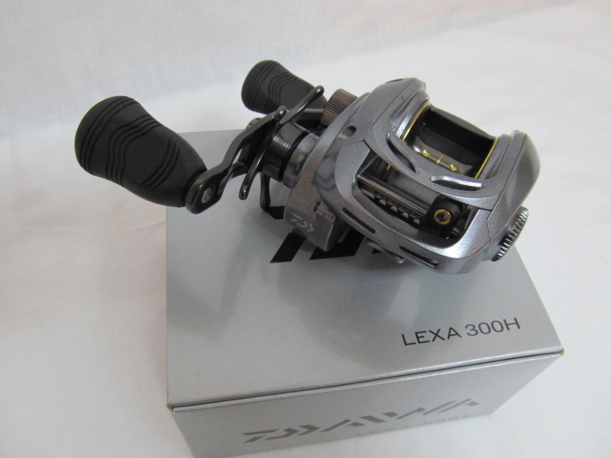 EX DISPLAY DAIWA LEXA 300H BAITCASTING  FISHING REEL