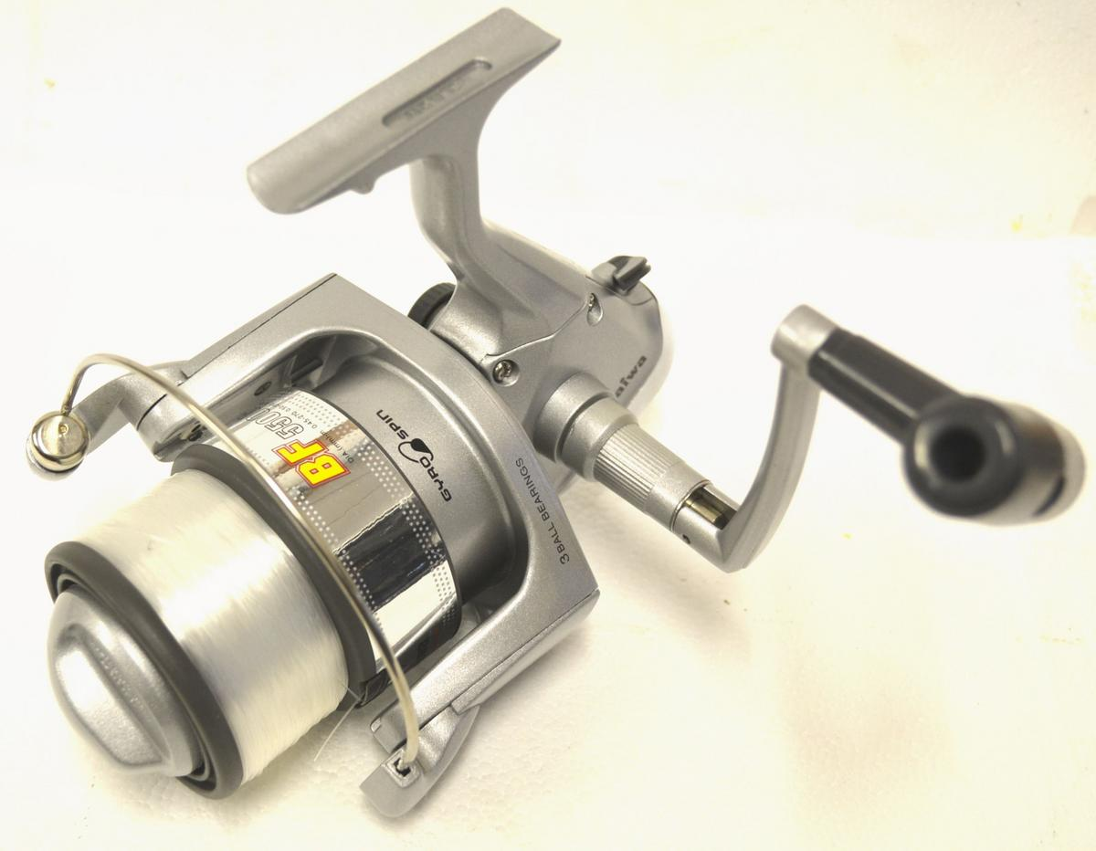 CLEARANCE NEW DAIWA BF 5500G-3 LONGCAST SEA FISHING REEL WITH LINE