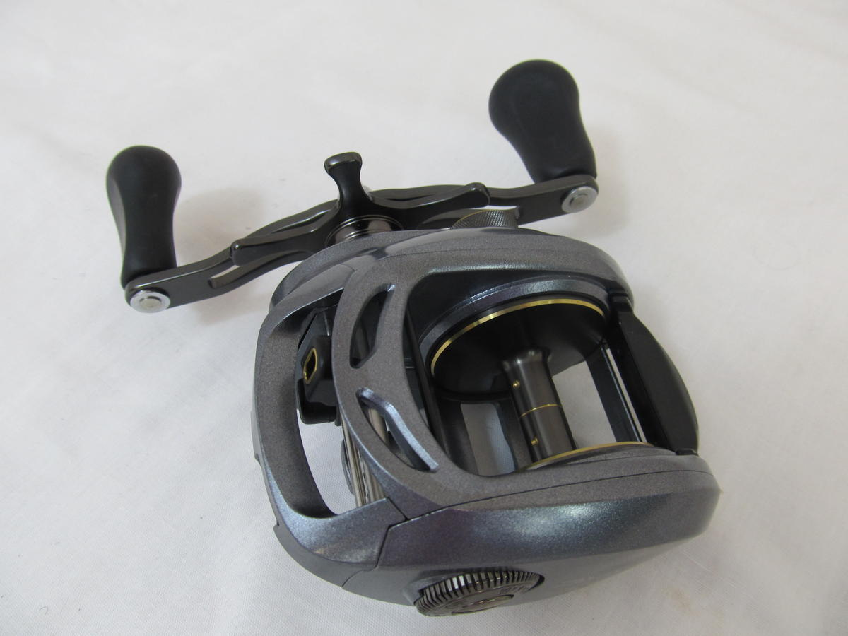 EX DISPLAY DAIWA LEXA 400HS HIGH CAPACITY BAITCASTER REEL RIGHT HAND WIND