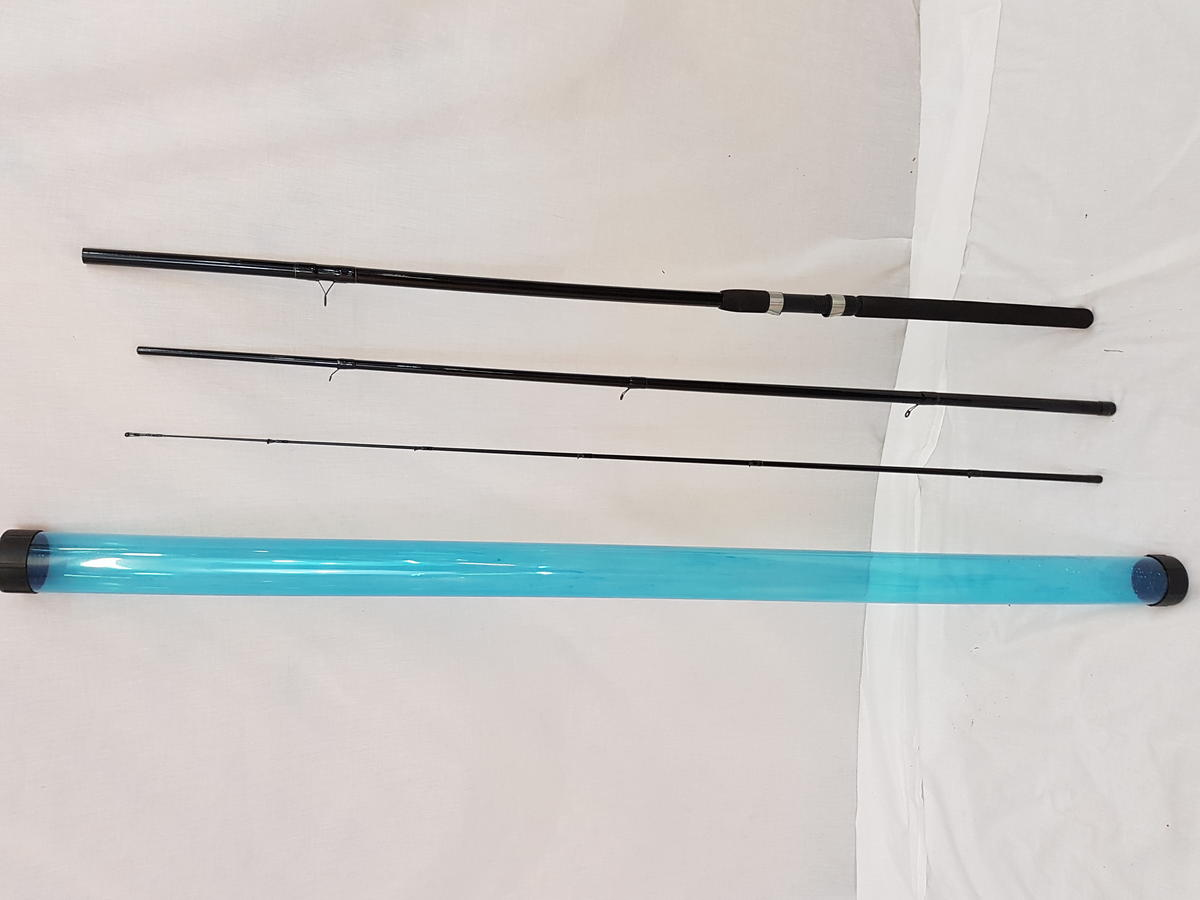 MATCH FISHING ROD 12' 3 SEC. IN ROD TUBE WITH DAIWA STRIKEFORCE REEL