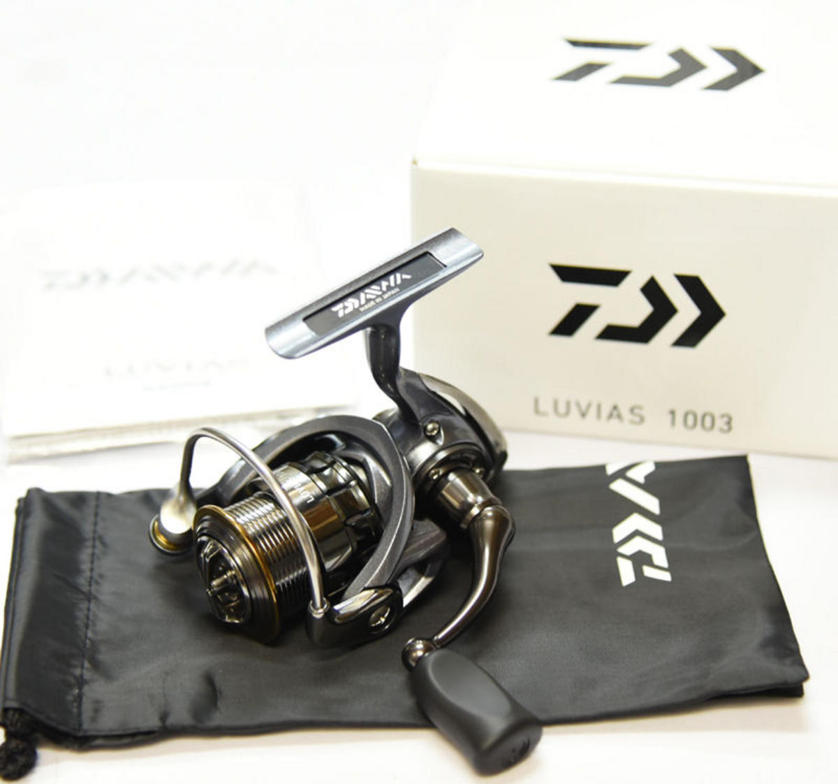 EX DISPLAY DAIWA LUVIAS SPINNING REEL LV1003 CLEARANCE OFFER