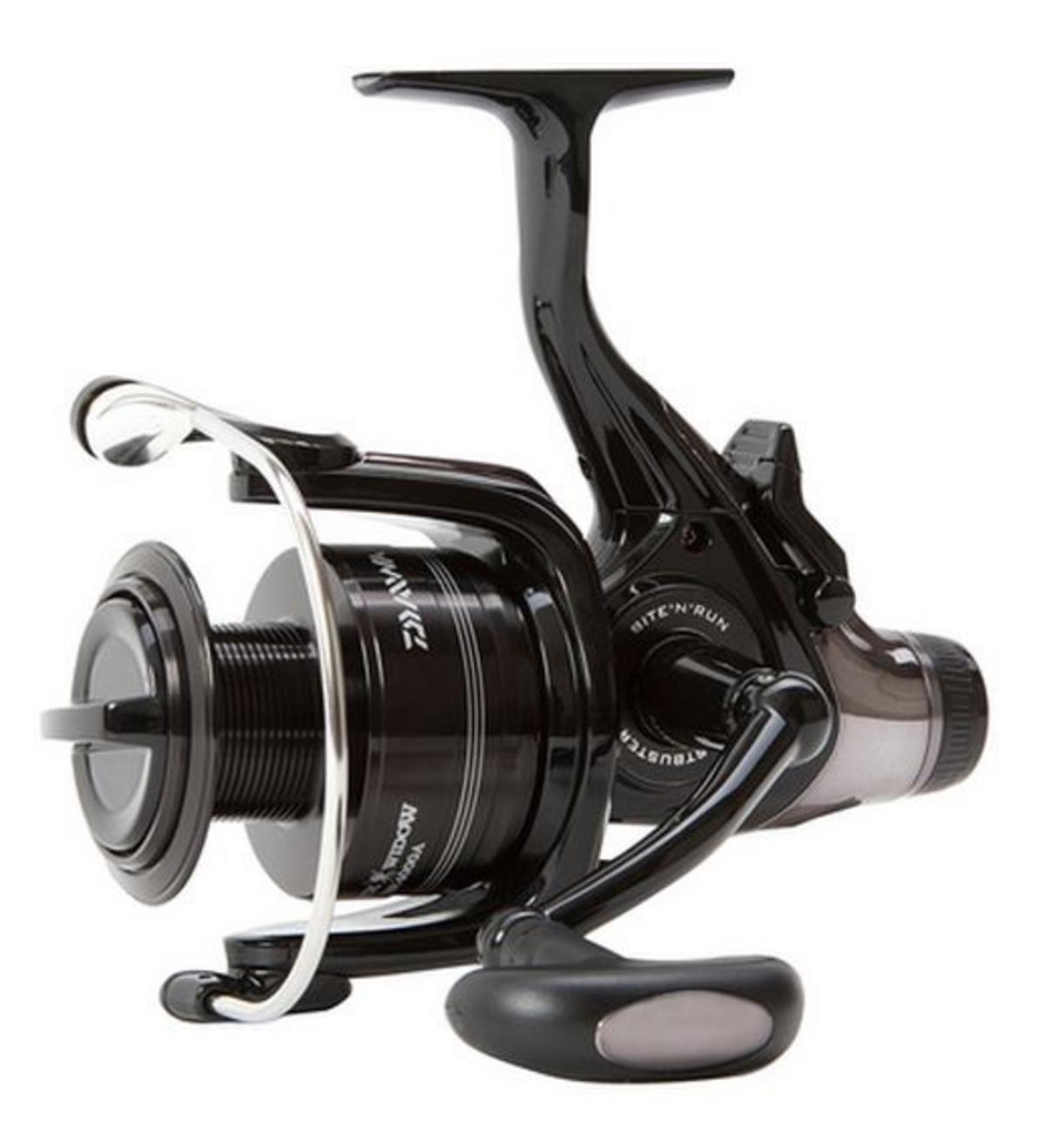 0fa614d012a EX DISPLAY DAIWA BLACK WIDOW BR 4000 BITE N RUN FISHING REEL BWBR4000A    Clearance & Special Offers   Fishing Mad