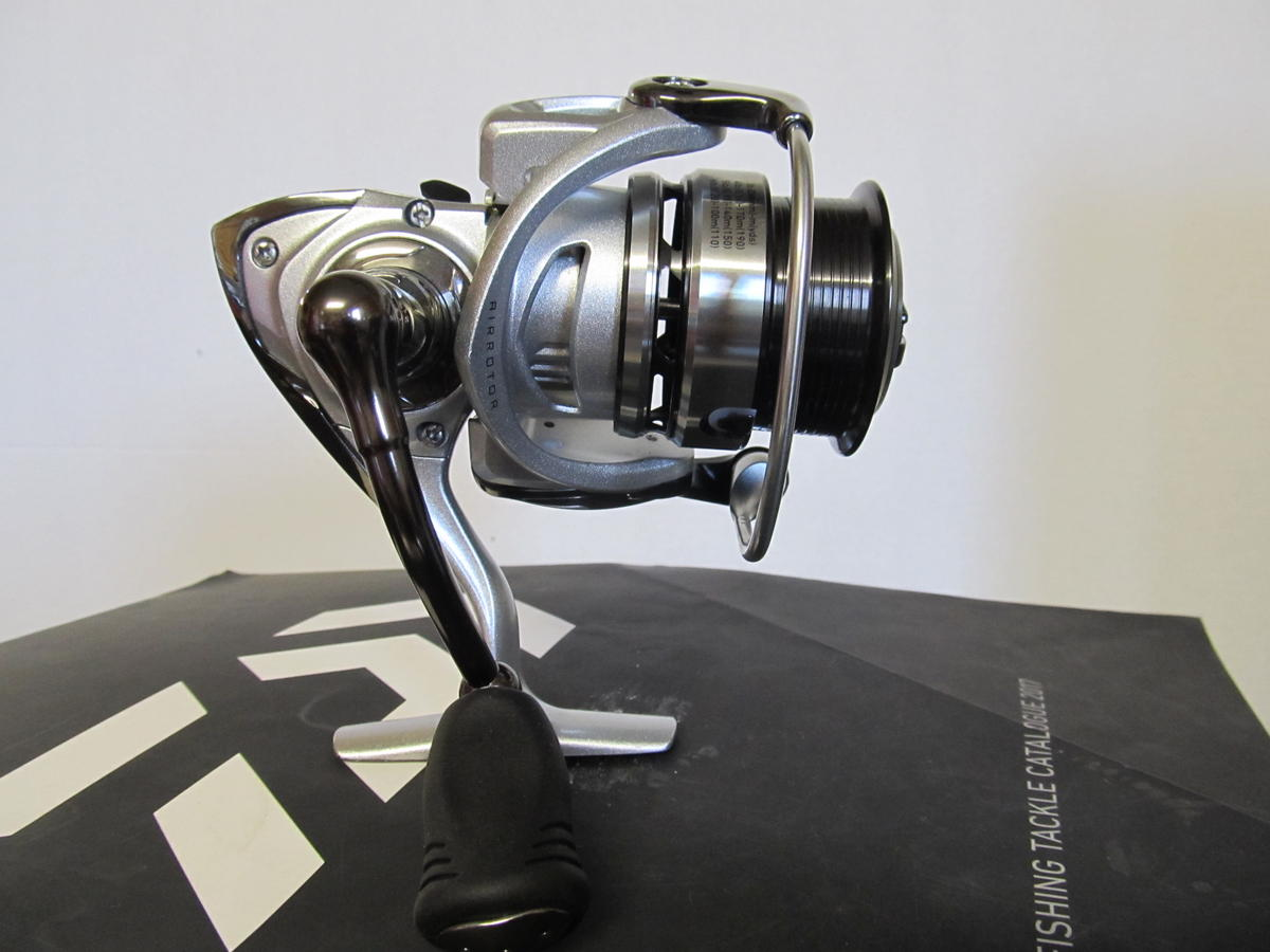 EX DISPLAY NEW DAIWA EXCELER 2506 FISHING REEL EXE2506-HA