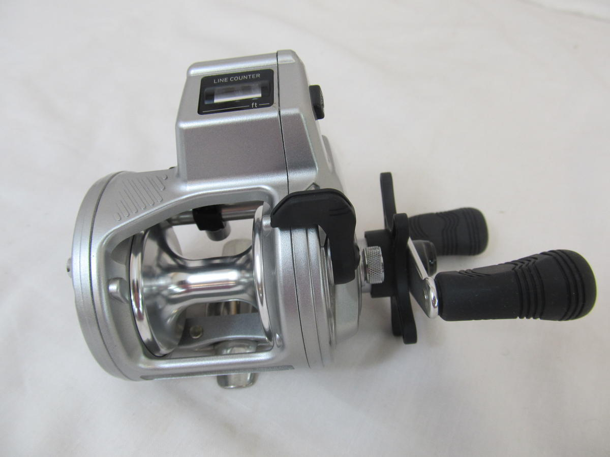 EX DISPLAY DAIWA ACCUDEPTHPLUS 27LCB MULTIPLIER FISHING REEL