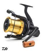 New Daiwa 20 Emblem 45 SCW QD OT Carp Fishing Reel - 20EM45SCW-QD-OT