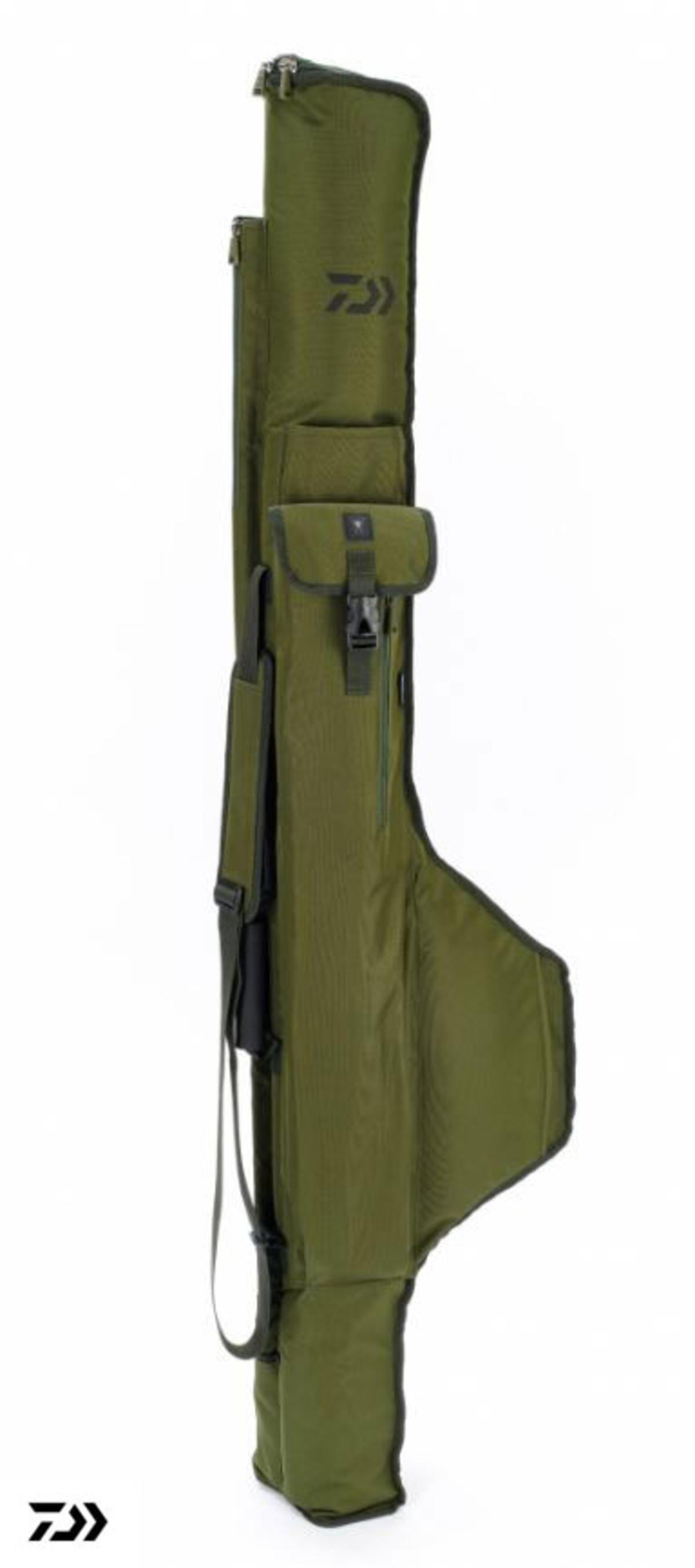 New Daiwa Black Widow 10ft - 3 Rod Fishing Holdall / Carp Luggage - BW3R10H