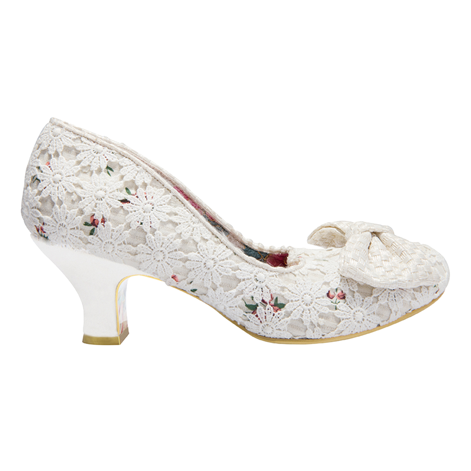 Cream Lace Shoes And Bag