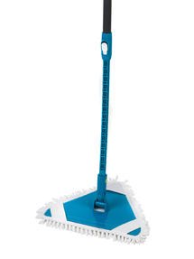 Beldray Triangular Bending Mop With Flexible Extending Handle Thumbnail 2