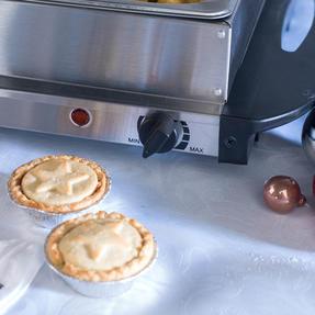 Giles & Posner EK1471HMOB Large Three Pan Buffet Server With Lids, 300 W, Stainless Steel Thumbnail 4