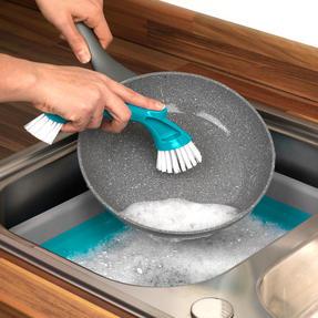 Beldray LA029836 Turquoise Mini Cleaning Brush Thumbnail 3