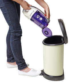 Hoover CU81_CU11001 Curve Bagless Cylinder Vacuum Cleaner - Purple and White [Energy Class A] Thumbnail 6