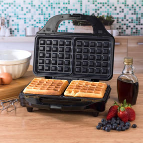 Salter Deep Fill 3-in-1 Snack Maker with Waffle, Panini and Toasted Sandwich Plates, 900 W Thumbnail 6