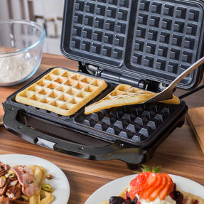 Salter Deep Fill Waffle Maker with XL Non-Stick Cooking Plates, 900 W, Silver	 Thumbnail 4