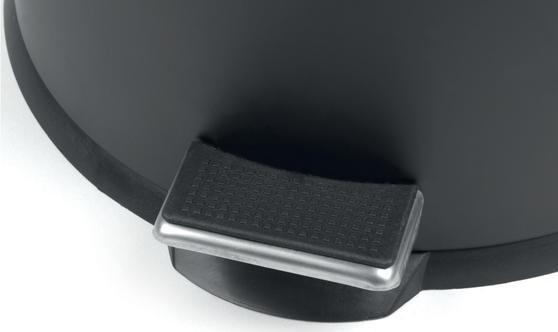 Beldray LA038050BLK 30 Litre and 5 Litre Round Black Pedal Bin Set Thumbnail 5