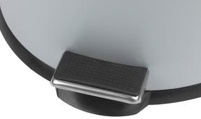 Beldray LA038050GRY 30 Litre and 5 Litre Round Grey Pedal Bin Set Thumbnail 5