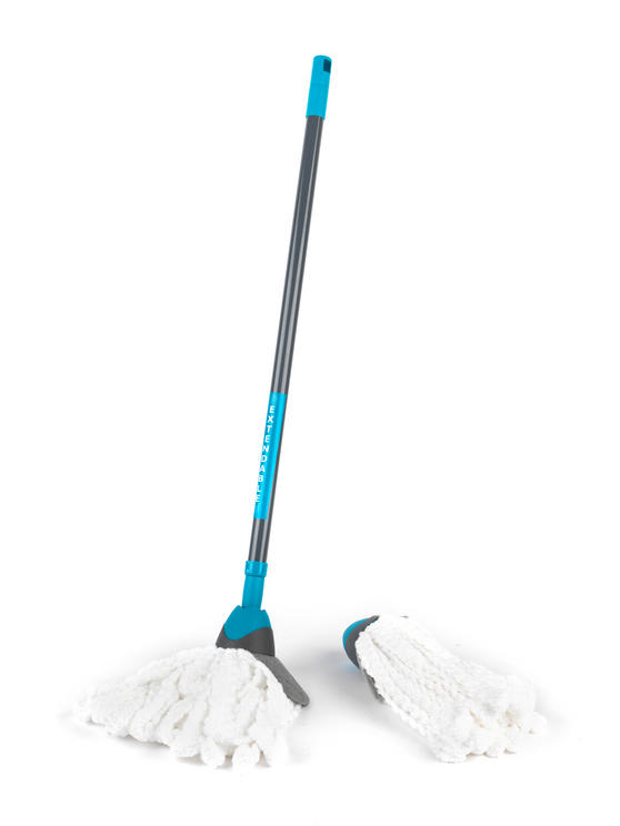 Beldray Telescopic Microfibre Mop with Microfibre Mop Refill Pack