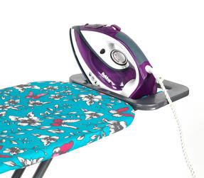 Beldray Glide 2200W Steam Iron and Eve Print Ironing Board Set Thumbnail 3