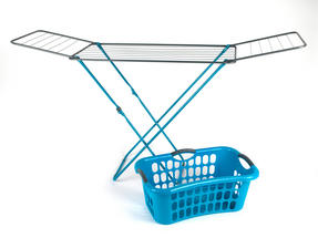 Beldray 18 Metre Clothes Airer and Beldray Hip Hugger Laundry Basket Set, Turquoise Thumbnail 1