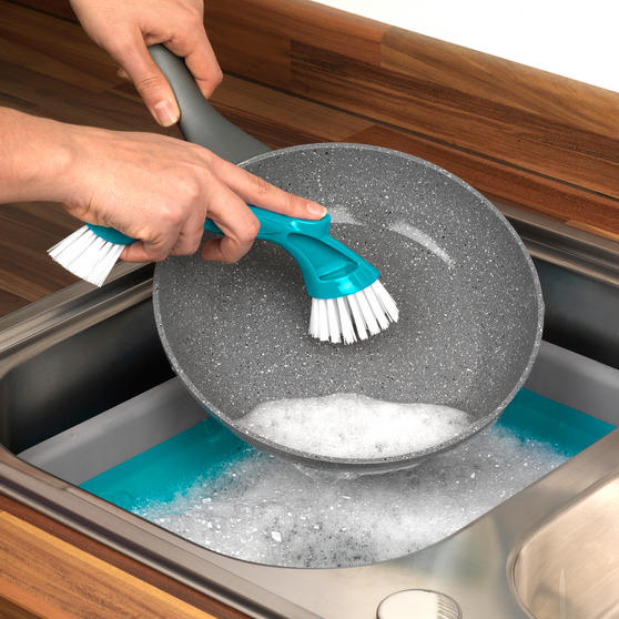 Beldray Scrubbing Brush Cleaning Set, Turquoise Thumbnail 4