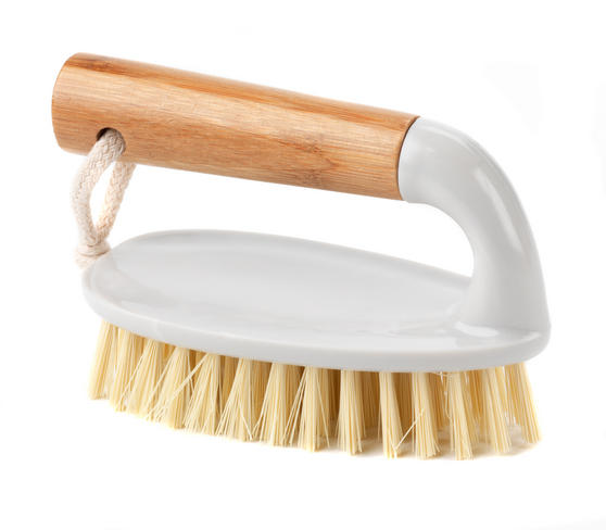Beldray Bamboo Scrubbing Brush Thumbnail 1