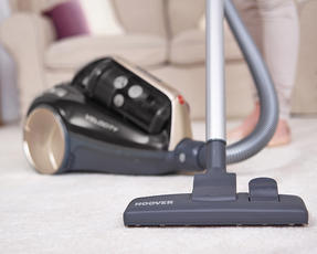Hoover RU80VE15001 Velocity Bagless Cylinder Vacuum Cleaner, 2 Litre, Black and Champagne Thumbnail 3