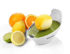 Salter 4 in 1 Food Prep Set with Juicer, Grater, Herb Stripper and Egg Separator Thumbnail 2