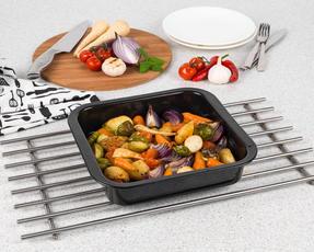 Russell Hobbs BW000751 Romano Vitreous Enamel Square Baking Pan, 26 cm, Black Thumbnail 3