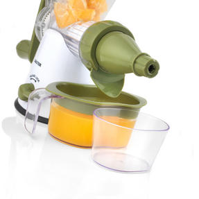 Salter Mini Chopper and Manual Hand-Crank Juicer Prep Set, White/Green Thumbnail 7