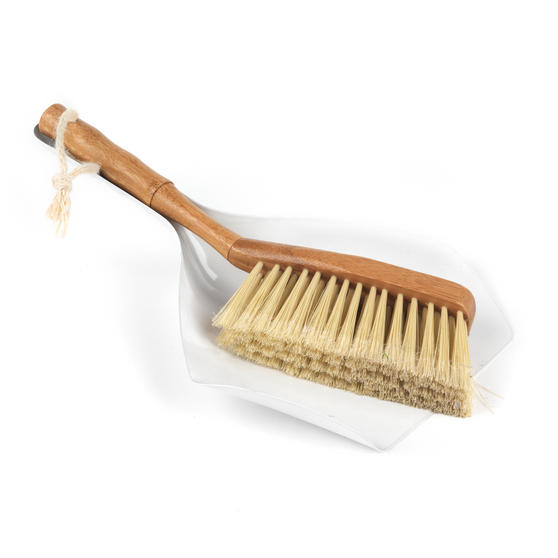 Beldray Bamboo Dustpan, Brush, Chenille Duster & Ostrich Feather Duster Set Thumbnail 2