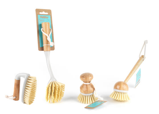 Beldray Bamboo Dish Scrubbing Brush Set of Four Thumbnail 1