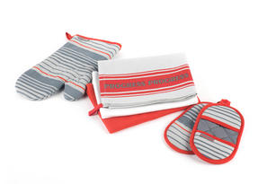 Progress Manhattan Performance Kitchen Set with Oven Gauntlet, Magnetic Microwave Mitts and Pack of Three Tea Towels, Grey/Red