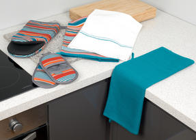 Progress Performance Kitchen Set with Neoprene Oven Gauntlet, Magnetic Microwave Mitts and Pack of Three Tea Towels, Grey/Teal Thumbnail 8