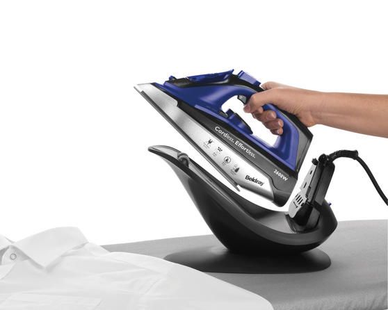Beldray 2 in 1 Cordless Steam Iron, 300 ml, 2600 W, Blue Thumbnail 4