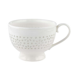 Cambridge CM05185 Charlotte Sandringham Porcelain Lace Mug, White