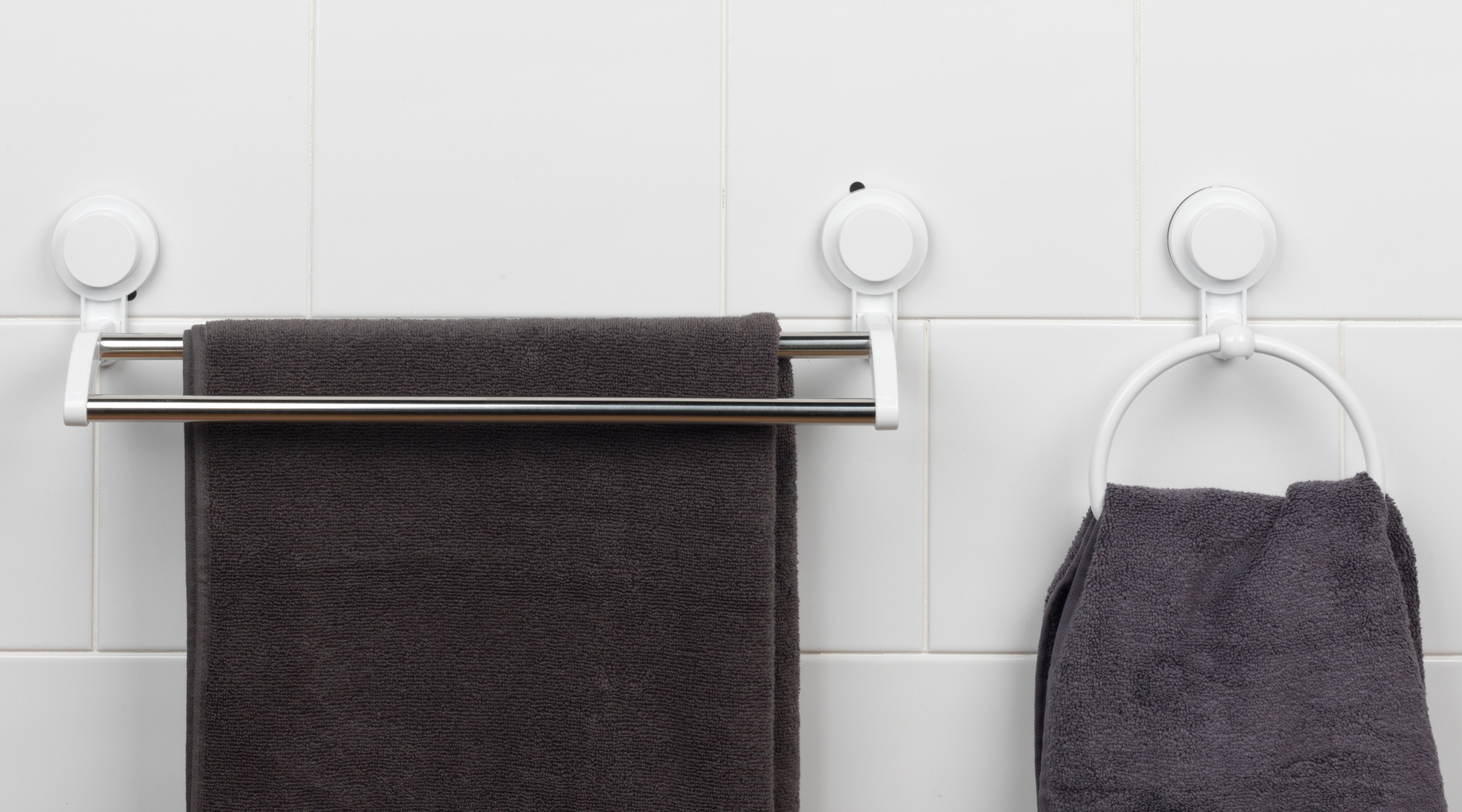 Beldray Bathroom Plastic Suction Towel Ring And Double