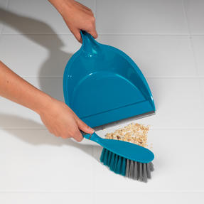 Beldray COMBO-2026 Cleaning Set with Mop, Bucket, Brushes and Scrubbers and More Thumbnail 4