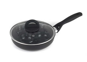 Progress BW05522 Complete Egg 4 Cup Poacher Non-Stick Poaching Pan, 20 cm, Black Thumbnail 1